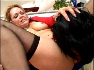 Horny mature Kelly Leigh eating guy meat